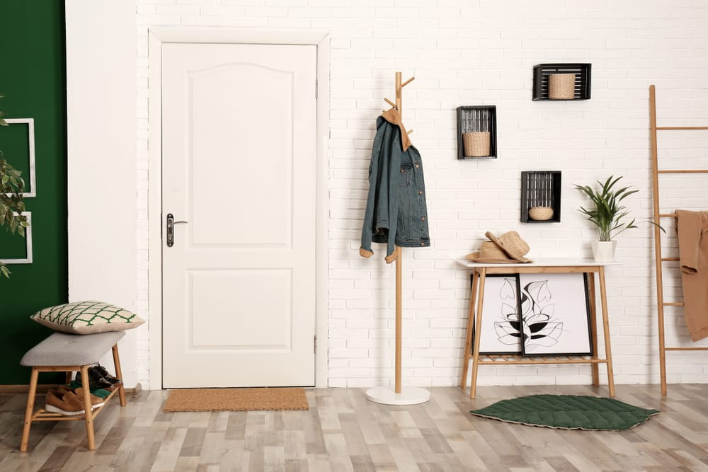 stylish,hallway,interior,with,shoe,storage,bench,,hanger,stand,and