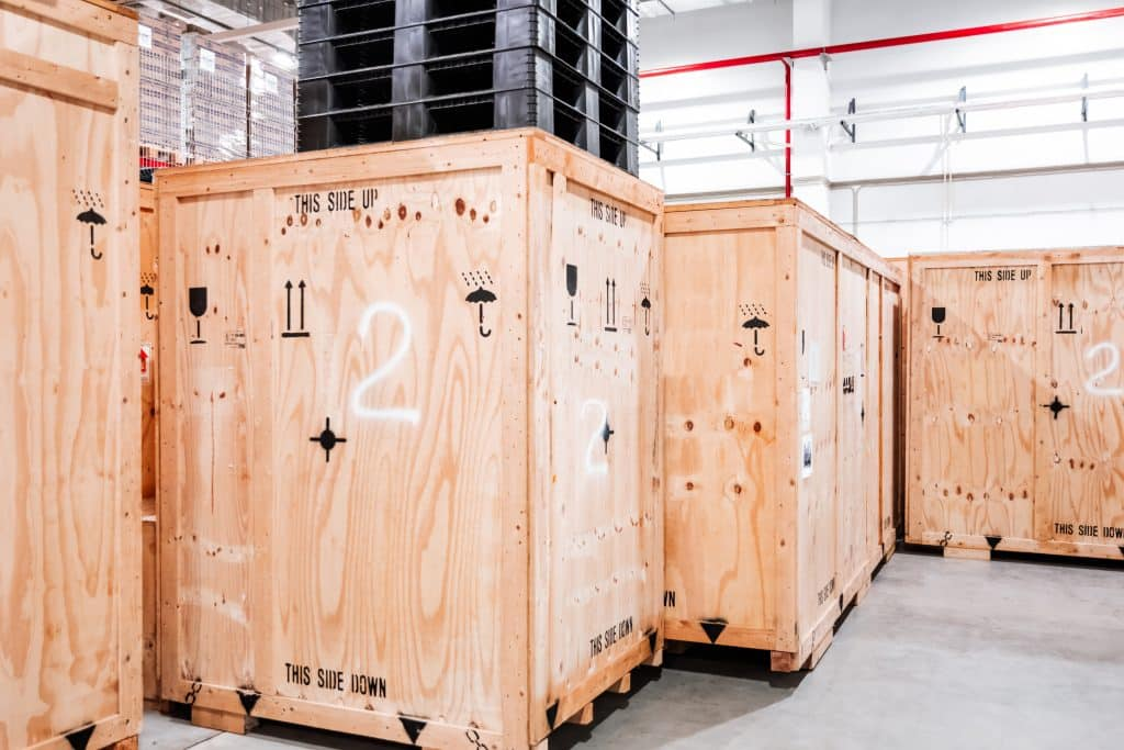 wooden,boxes,in,the,warehouse.,boxes,out,of,wood,for